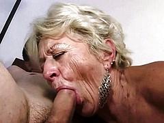 Utube gay old men sucking pussy