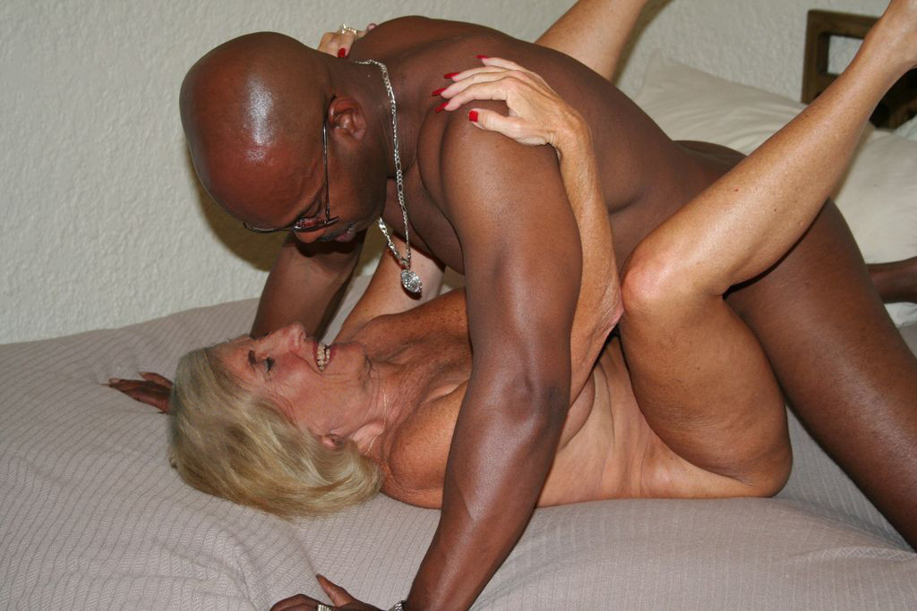 Milf movies interacial Free