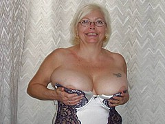 young-body-granny-pussy-pics03.jpg